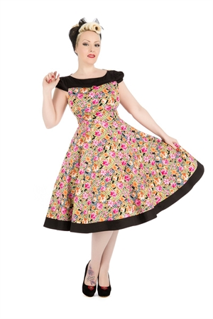 Hearts & Roses Peony And Zephyranthes Floral Tea Dress